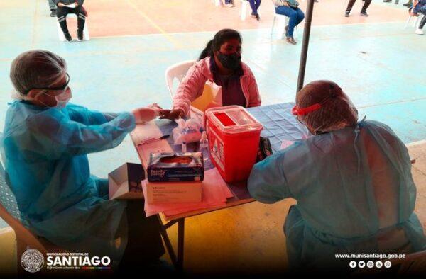 COMERCIANTES AMBULANTES REALIZARON LAS PRUEBAS RÁPIDAS PARA EL DESCARTE DEL COVID-19